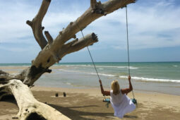 Bang Lut Beach
